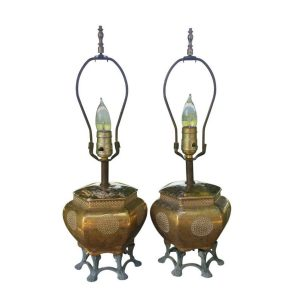 Mid-Century Ceramic Urn and Claw-Foot Regency Lamps, Pair