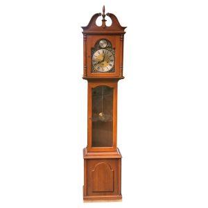 """Ridgeway """"Tempus Fugit"""" Grandmother Mahogany Clock"""